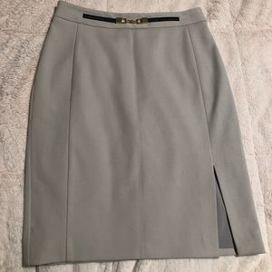 Experts size 2 skirt with slit